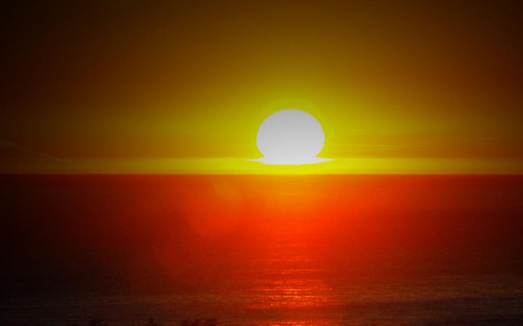 Sun Down by flygirl