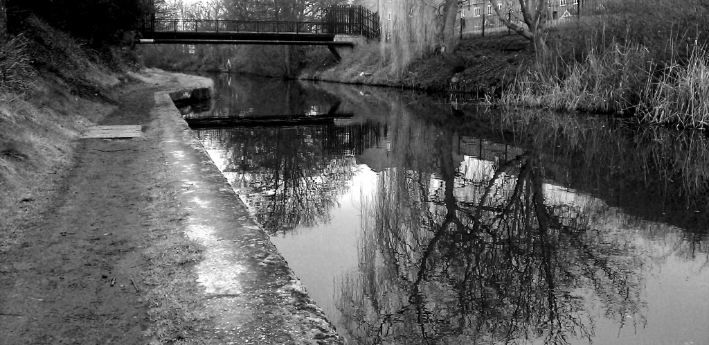 CANAL SIDE by phil_howcroft