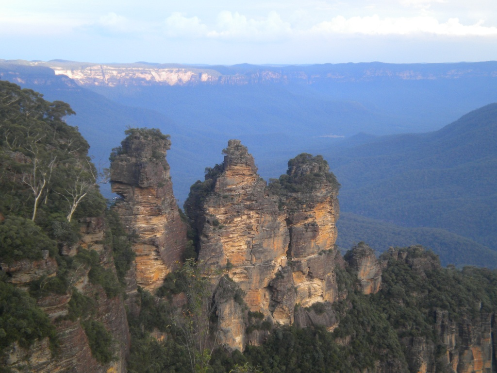 The three sisters by tabbycat
