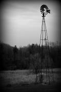 5th Apr 2011 - Windmill, No Wind