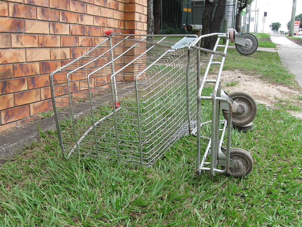Passed-out Trolley by mozette