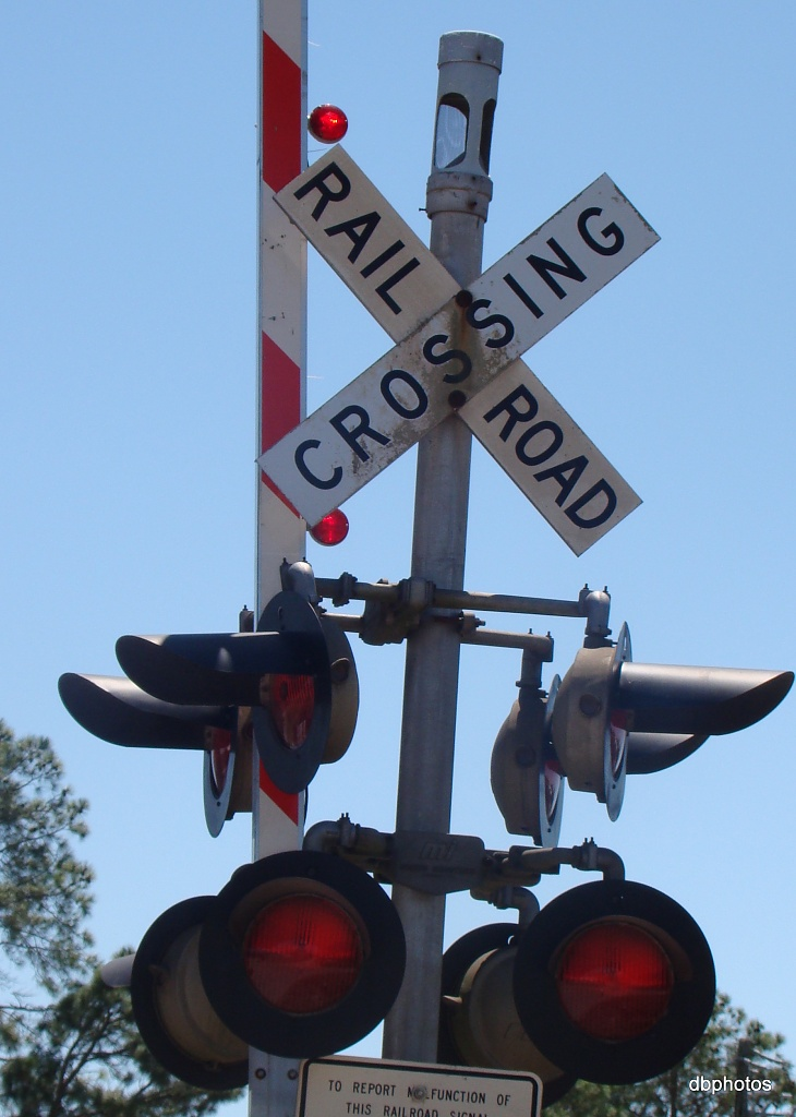 8 Railroad Crossing Signal Lights by dmrams
