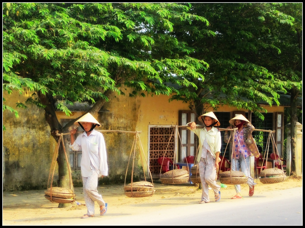 Three little Vietnamese ladies went to the market... by lily