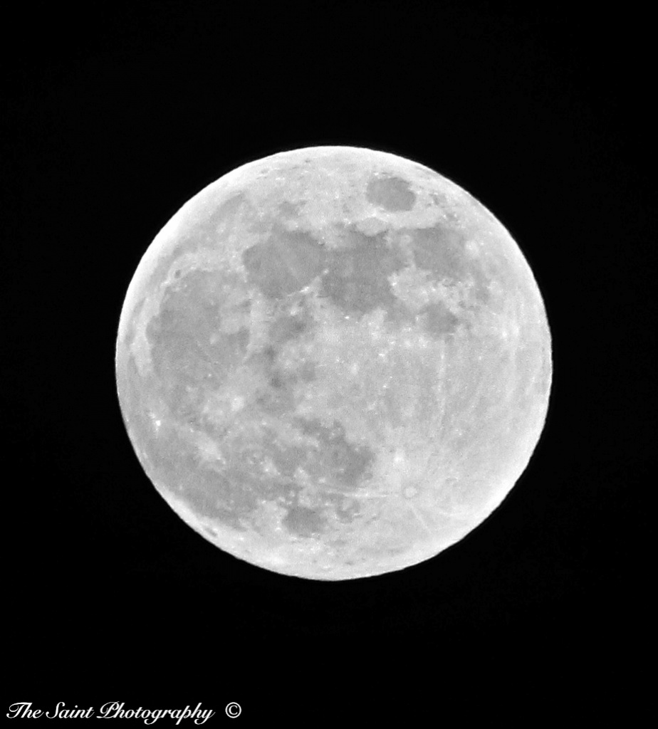 Full 'Thunder' Moon. by stcyr1up
