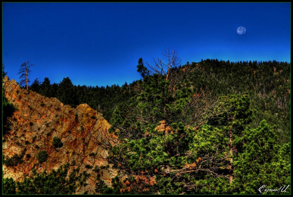 Mountain Moon by exposure4u