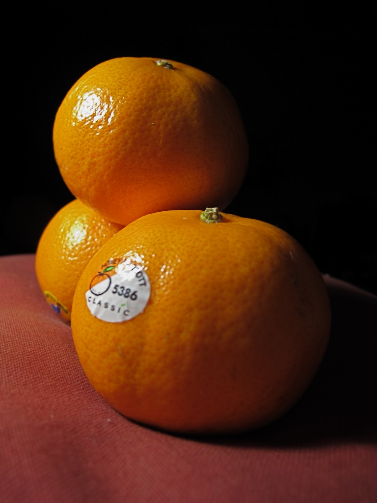Orange by alia_801