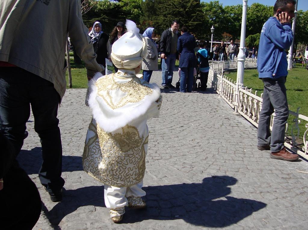 365 - DSC02326 Istanbul - Pikku sulttaani by annelis
