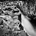 A Mauritian waterfall by vikdaddy