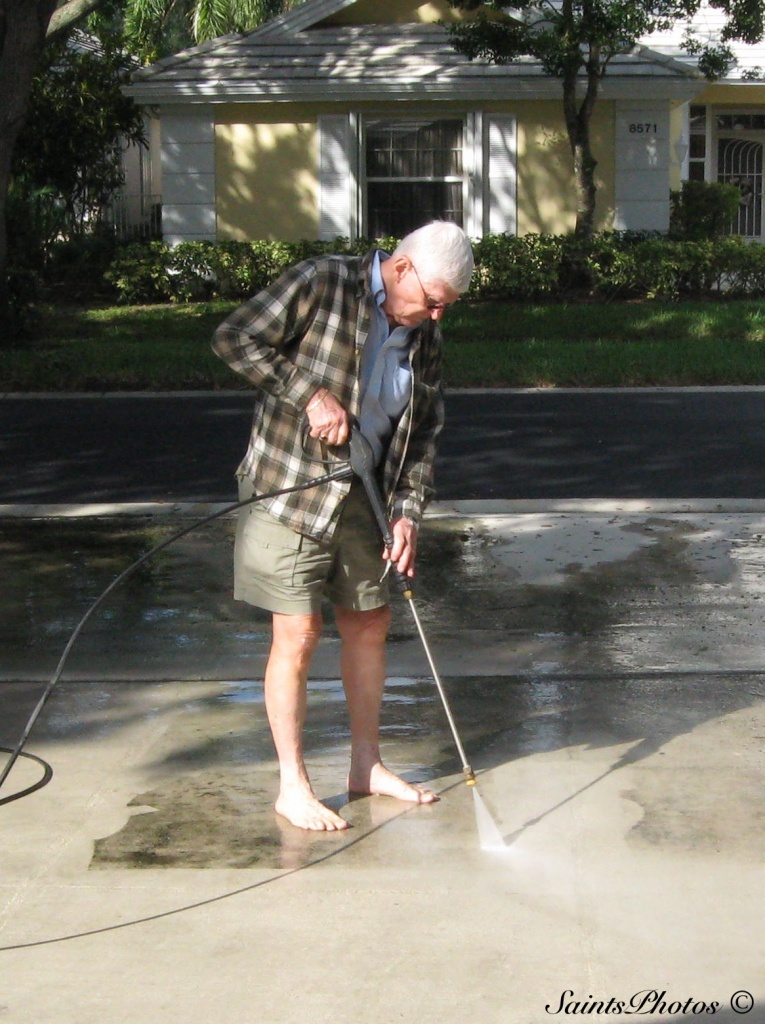 Cleaning the mildew off the driveway by stcyr1up