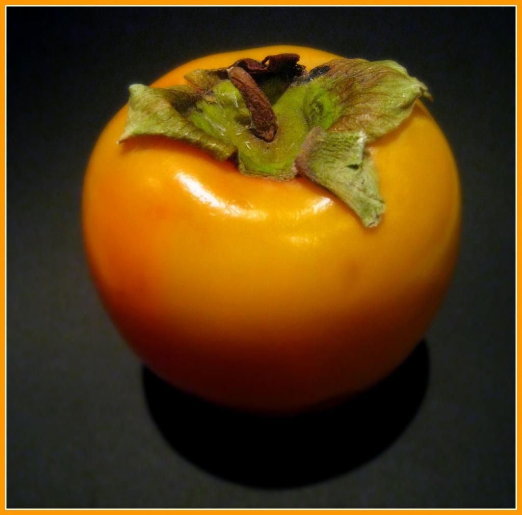Kaki fruit! by sarahhorsfall