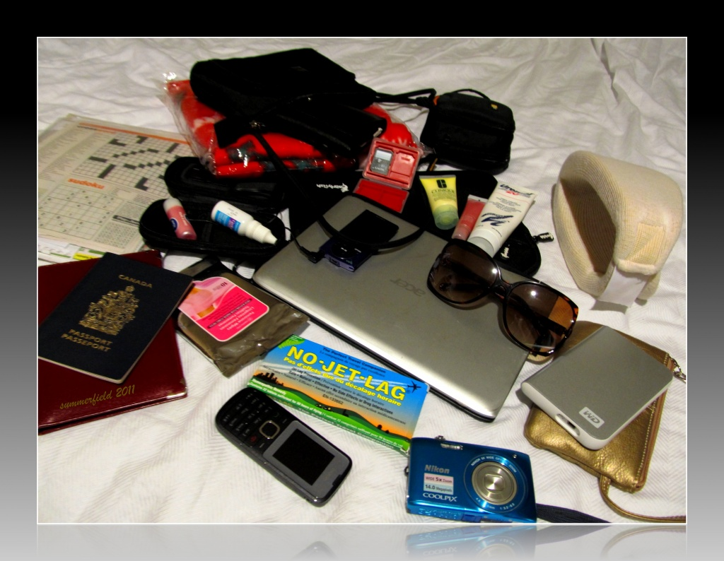 """""""what's in your bag?"""" by summerfield"""