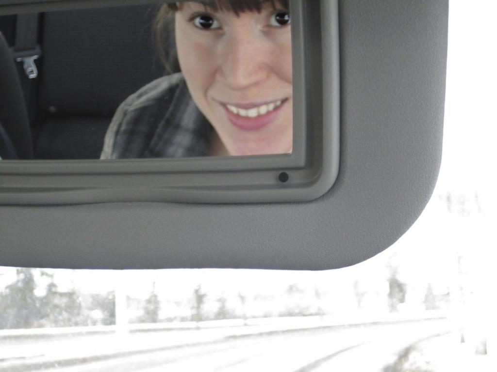Smiling by laurentye
