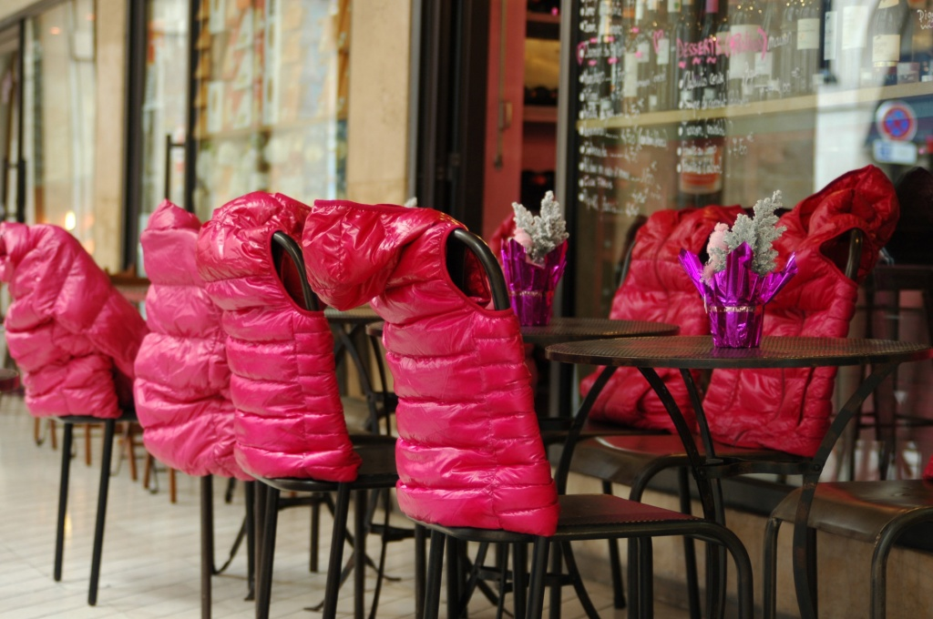 Just for fun: Warm chairs by parisouailleurs