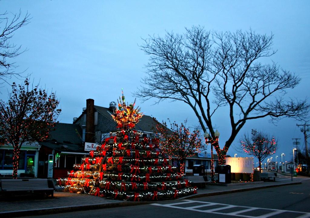 Lobster Trap Christmas Tree by lauriehiggins