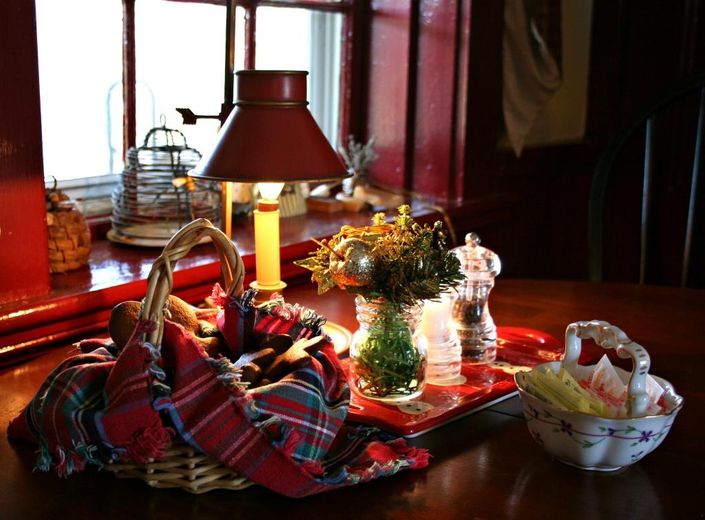 Candleberry Inn Gingerbread by lauriehiggins