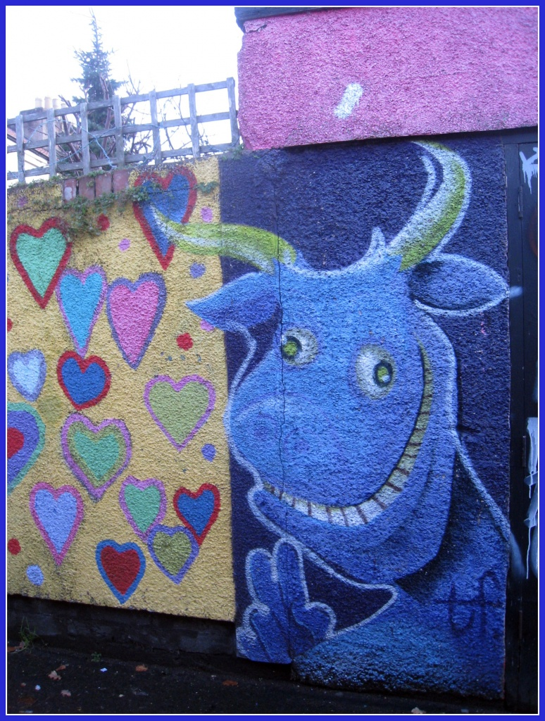 Graffitti blue by sarahhorsfall