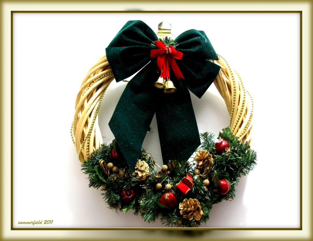 """things that say """"merry Christmas"""" - wreaths by summerfield"""