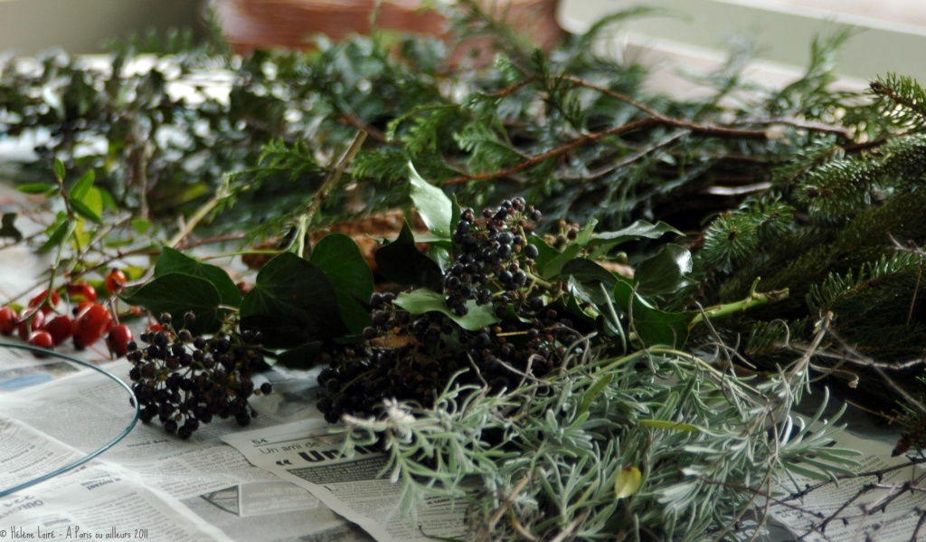Just for fun: Making a wreath by parisouailleurs