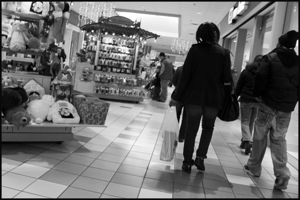 cumberland mall by hjbenson