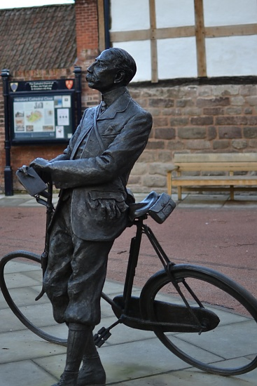 Sir Edward Elgar outside Hereford Cathedral by nix