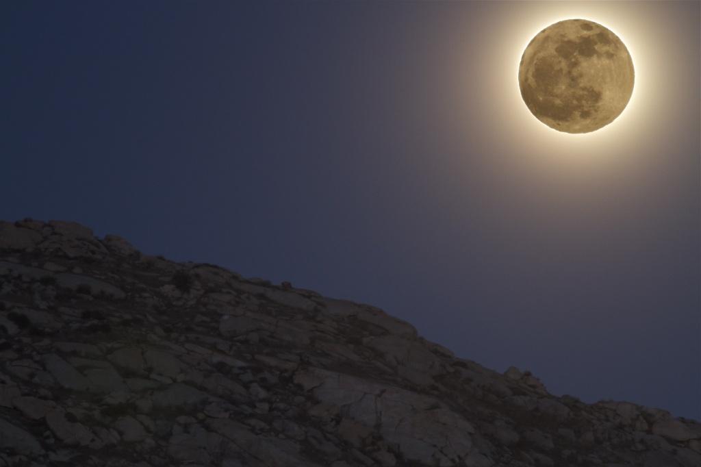 moonrise by robv