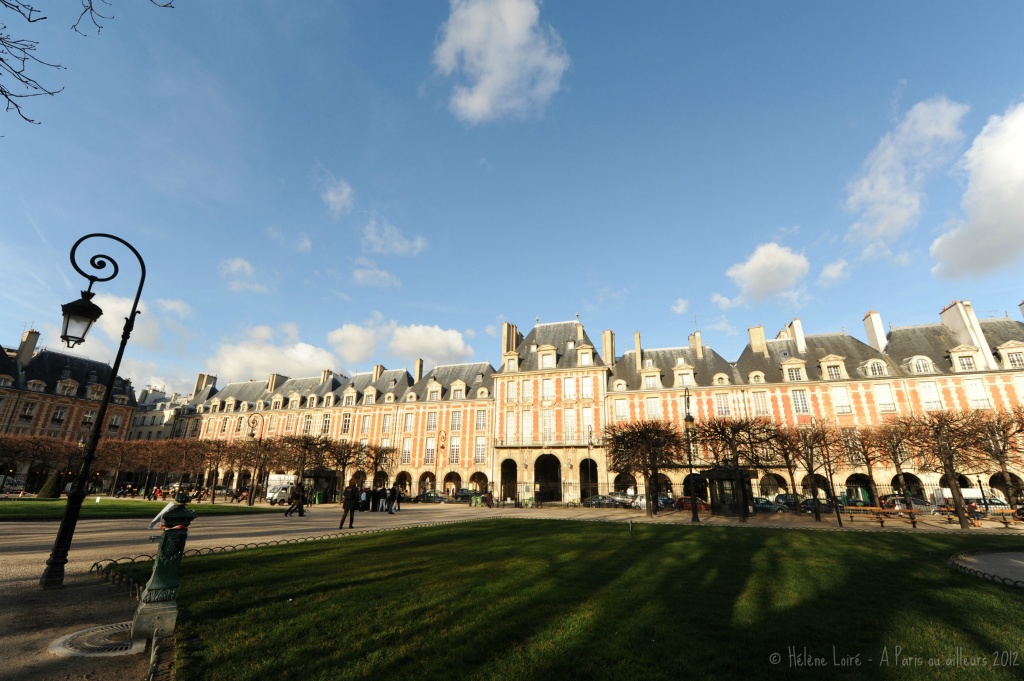 Place des Vosges with a 12-24mm by parisouailleurs