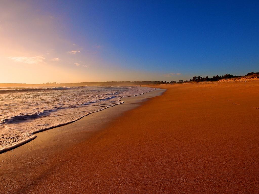 Beach by peterdegraaff