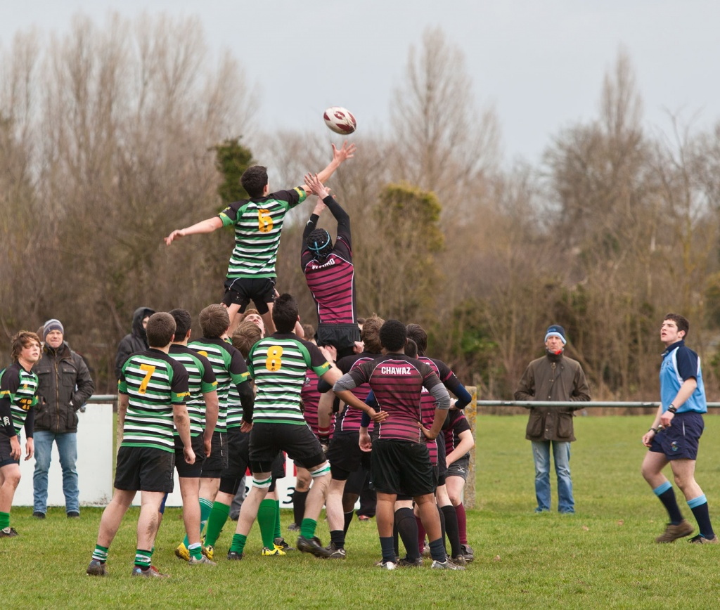 Line-out at Aylesbury Rugby Club by netkonnexion