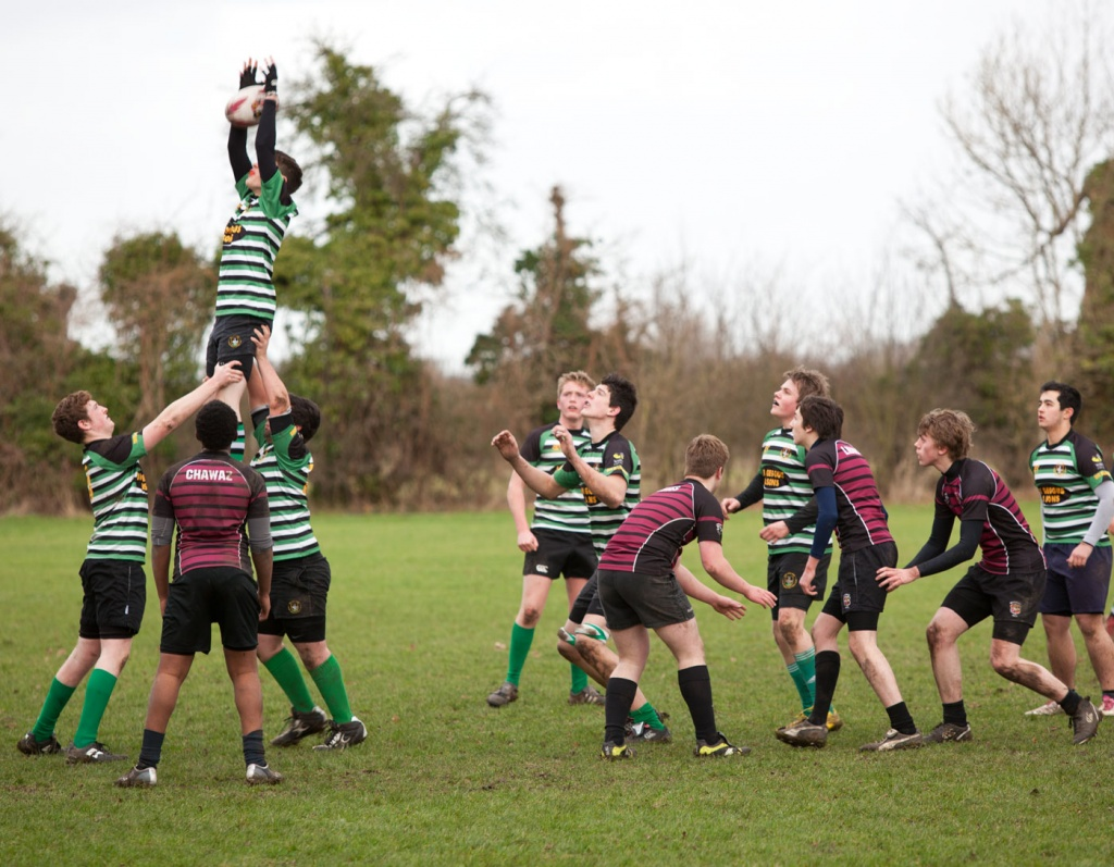 Line-out at Aylesbury by netkonnexion