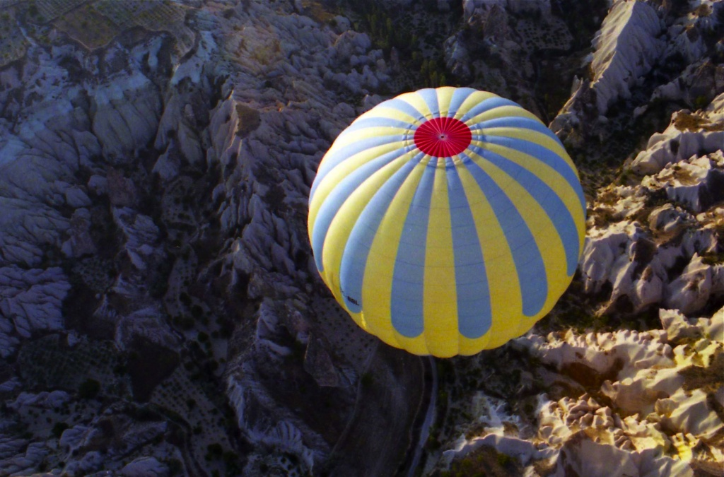 Film February - from one balloon to another - hot air ballooning over Cappadocia by lbmcshutter