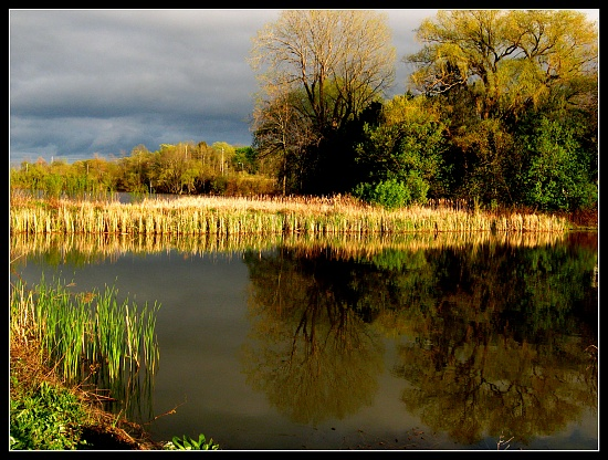 sunglow reflection by myhrhelper