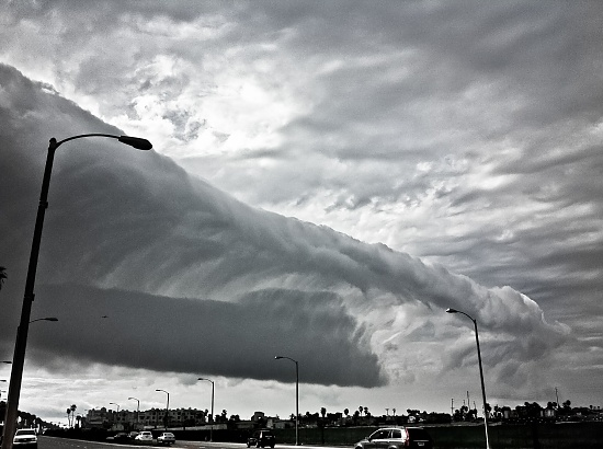 A Mighty, Crashing Wave by bradsworld
