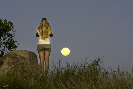 Supermoon by bella_ss