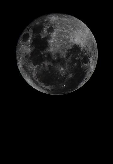 Moon shot by sugarmuser