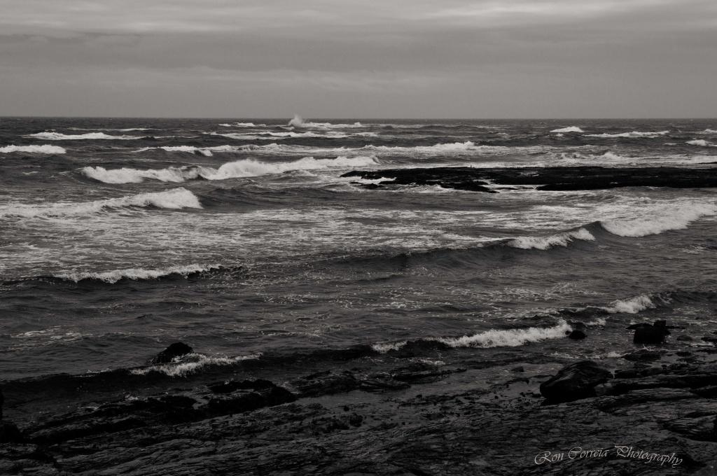 An Angry Sea by kannafoot