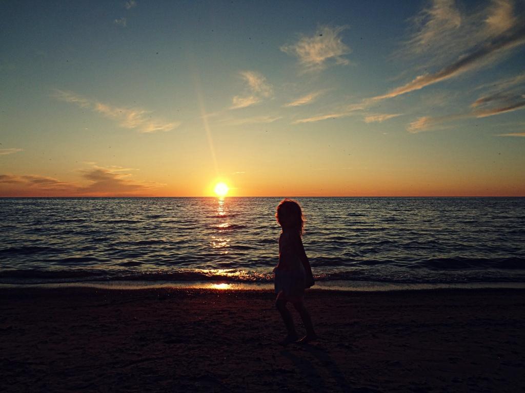 Kincardine sunset by edie