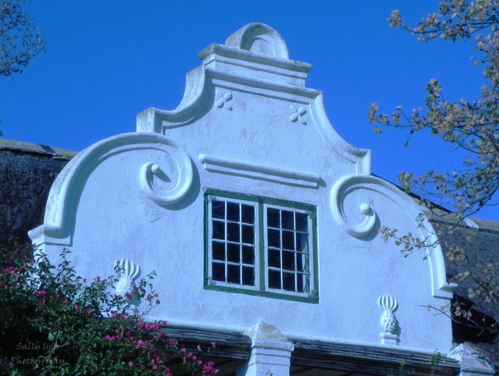 Cape Dutch Gable by salza