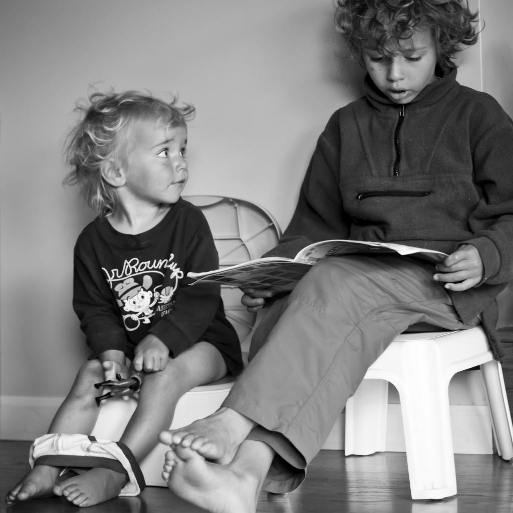 Reuben reading to Aubrey by kiwichick