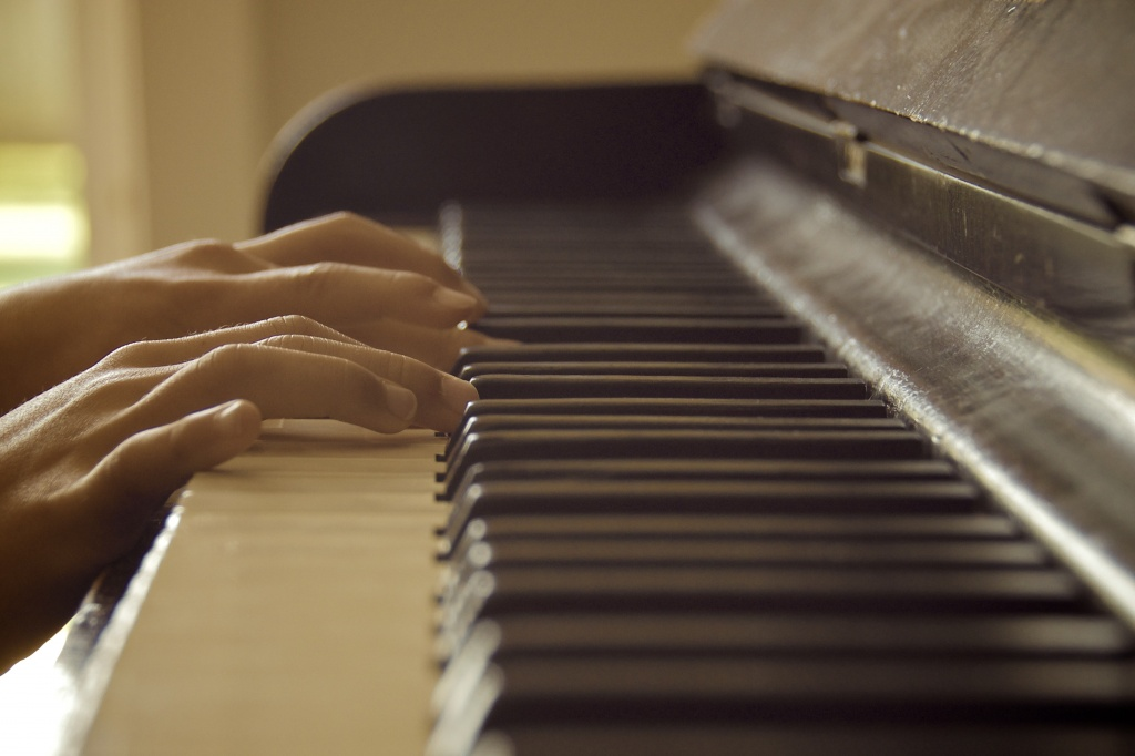Piano man by kwind