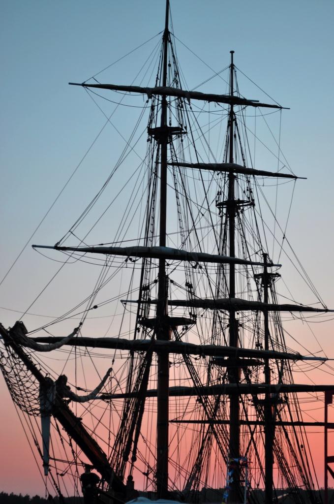 Tall Ship HMS Bounty by Weezilou