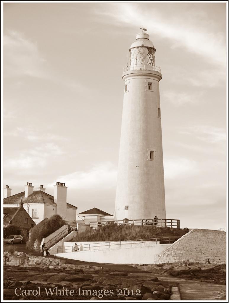 St.Mary's Lighthouse by carolmw