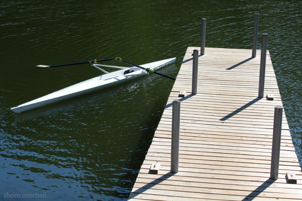 Boat + oars by rhoing