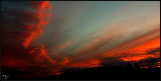 Autumn Morning Sky by tonygig