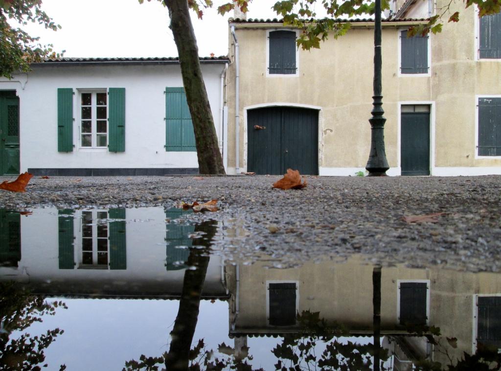 typical architecture on Ile de Re by quietpurplehaze