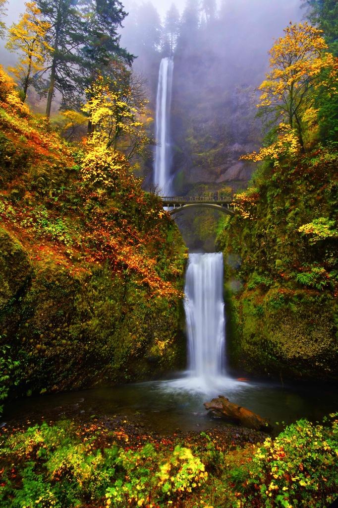Multnomah Falls Oregon by exposure4u