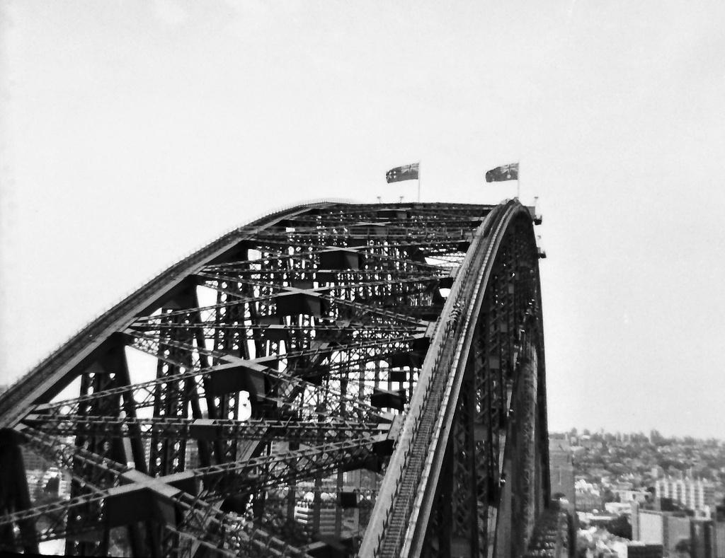 The Harbour Bridge by peterdegraaff