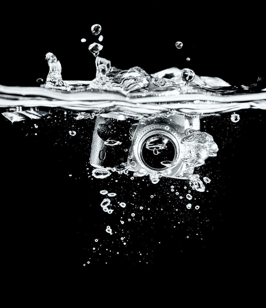 Camera Splash by humphreyhippo