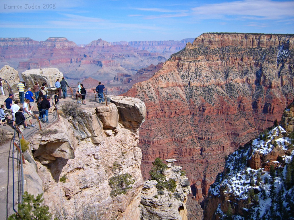 The vast Grand Canyon. by darrenboyj