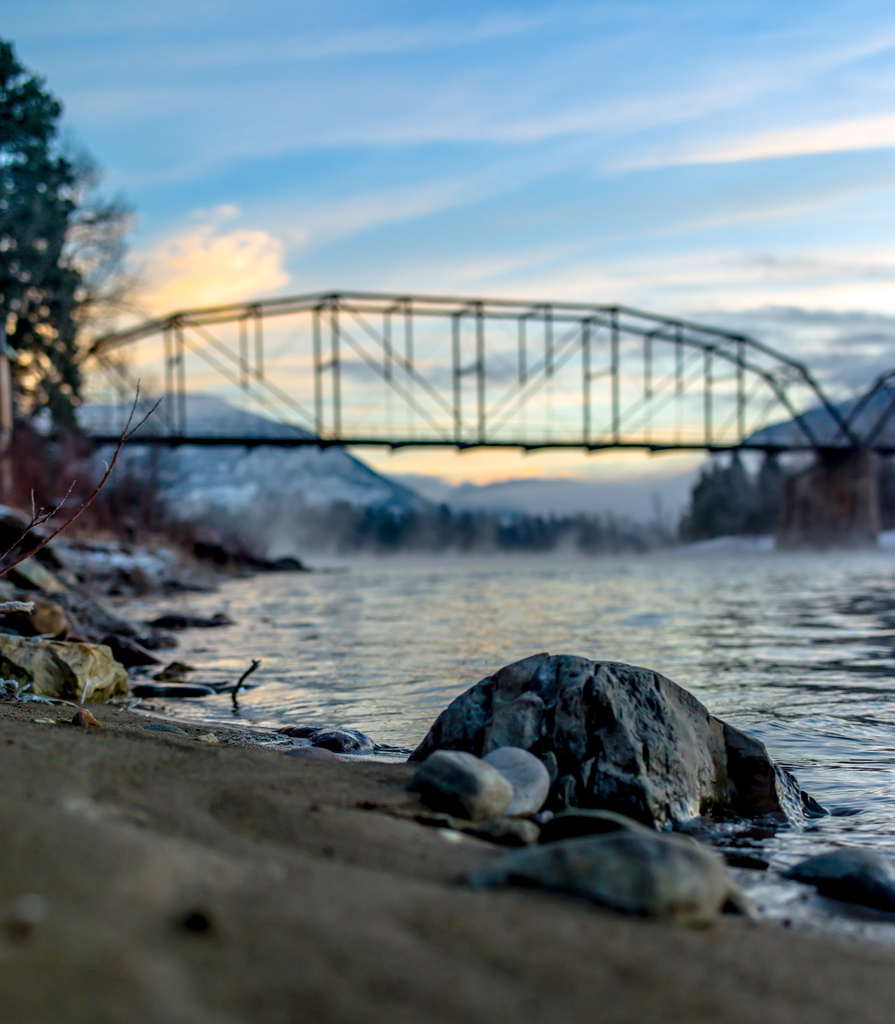 A Smokey River Morning by grizzlysghost