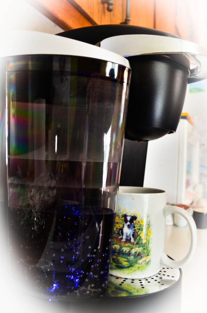 coffee maker by myhrhelper